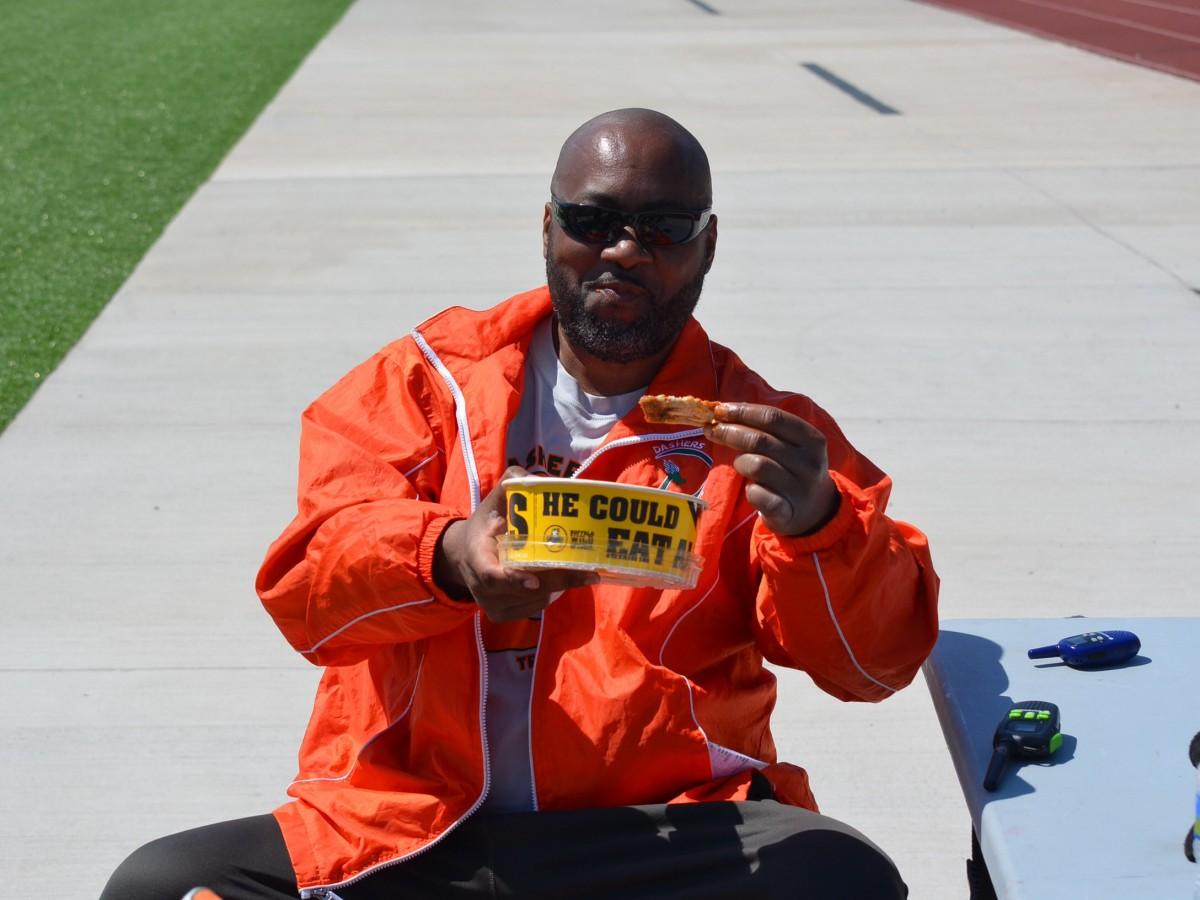 Coach Kelvin Searcy